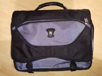 Swiss gear laptop bag in excellent condition