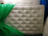 John lewis 8000 Yorkshire wool mattress 5 kingsize-ex display