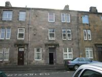 Top Floor 2 Bedroom Flat - Wallace Street, Dumbarton