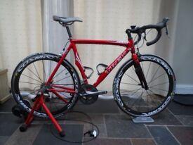 Minoura Mag Ride Turbo Trainer ( bike not included)