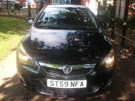 Vauxhall Astra 1.6 i VVT 16v SRi 5dr CLEAR MOT + TOP SPEC SRI BLACK 2010 (59 reg), Hatchback