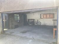 Double garage with electric door to rent