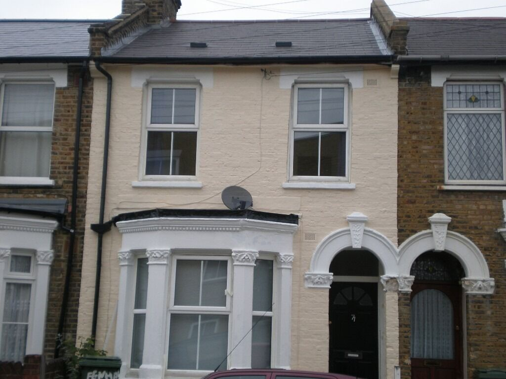 REDUCED!!! Lovely 3 Bed Garden Split Level Flat In Clapham North - £460PW
