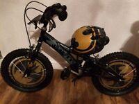 Boys 16 inch batman bike helmet and bell