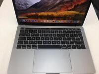 MacBook Pro touch bar i7
