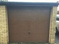 SINGLE GARAGE TO RENT IN TRINITY. AVAILABLE NOW.