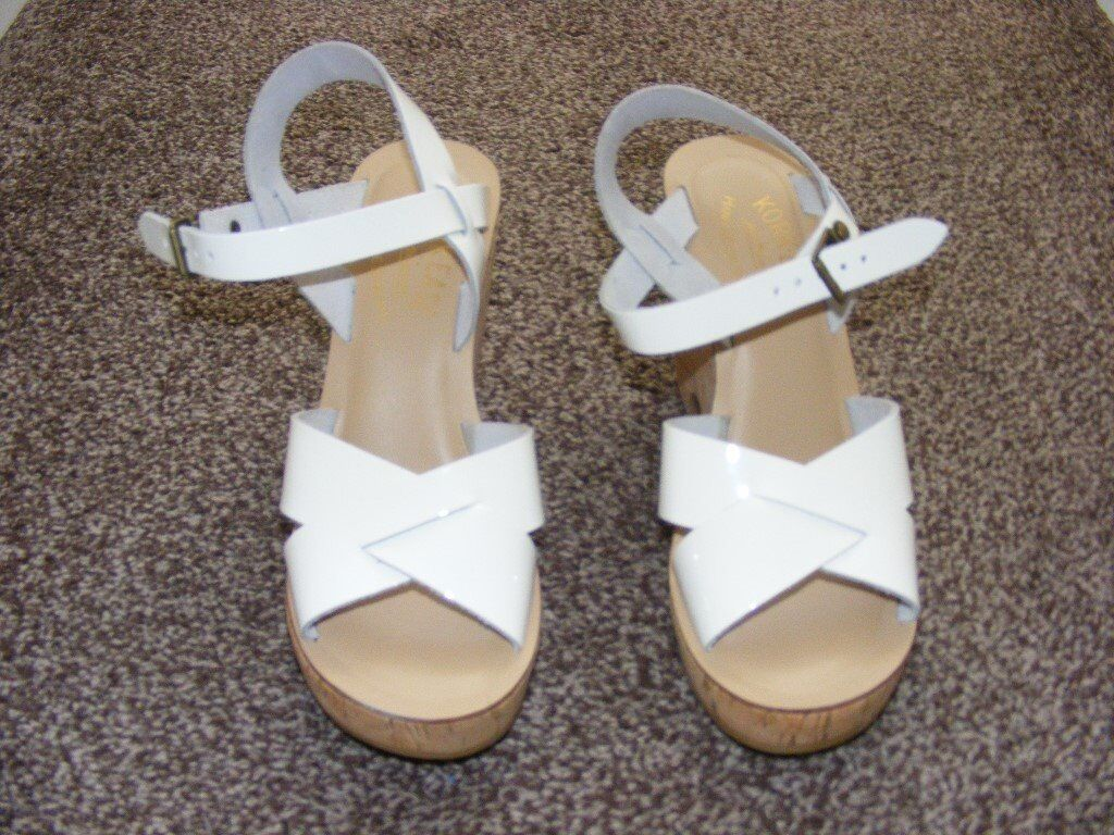 Leather Cork Wedge Style Shoes. Size 4