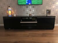 Black gloss tv unit and nest of tables