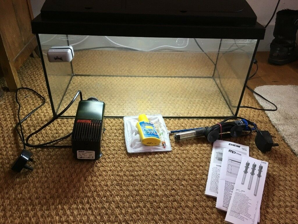 Fish Tank Nearly New, Good Starter Kit Tank and Accessories