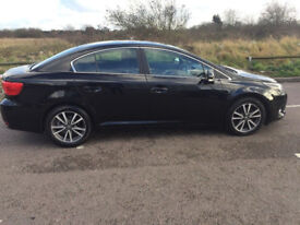 Toyota Avensis 2012 FAST SALE