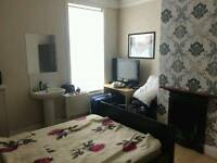 2 rooms in a friendly shared house near Manchester city center bills included