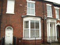SPACIOUS GROUND FLOOR FLAT IS NOW AVAILABLE