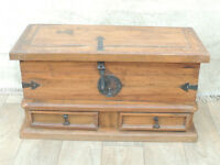 Heavy duty Vintage wooden trunk chest for storage (Delivery)