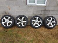 Transporter T5 wheels and tyres with locking wheelnuts