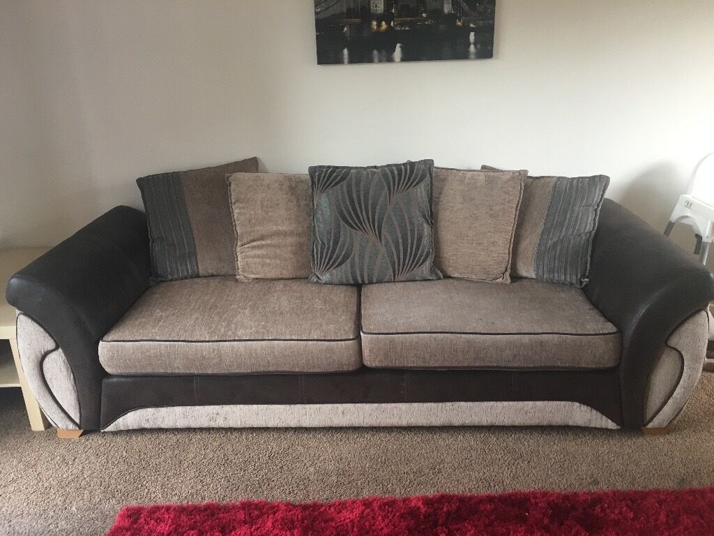 DFS 4 seater sofain Barnsley, South YorkshireGumtree - 4 seater sofa for sale. Had for 3 years but still in great condition. There is some normal wear and tear on the cushions where it has bobbled a bit, and there are a couple of stains on it which could be cleaned off. (Or you can just turn cushions...