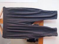 H&M 3/4 Yoga Pants grey