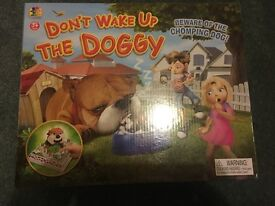 Don't wake the doggy game