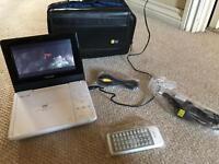 Toshiba portable DVD player with headrest case sdp77swb