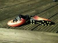 Free football boots boys bike size 10uk