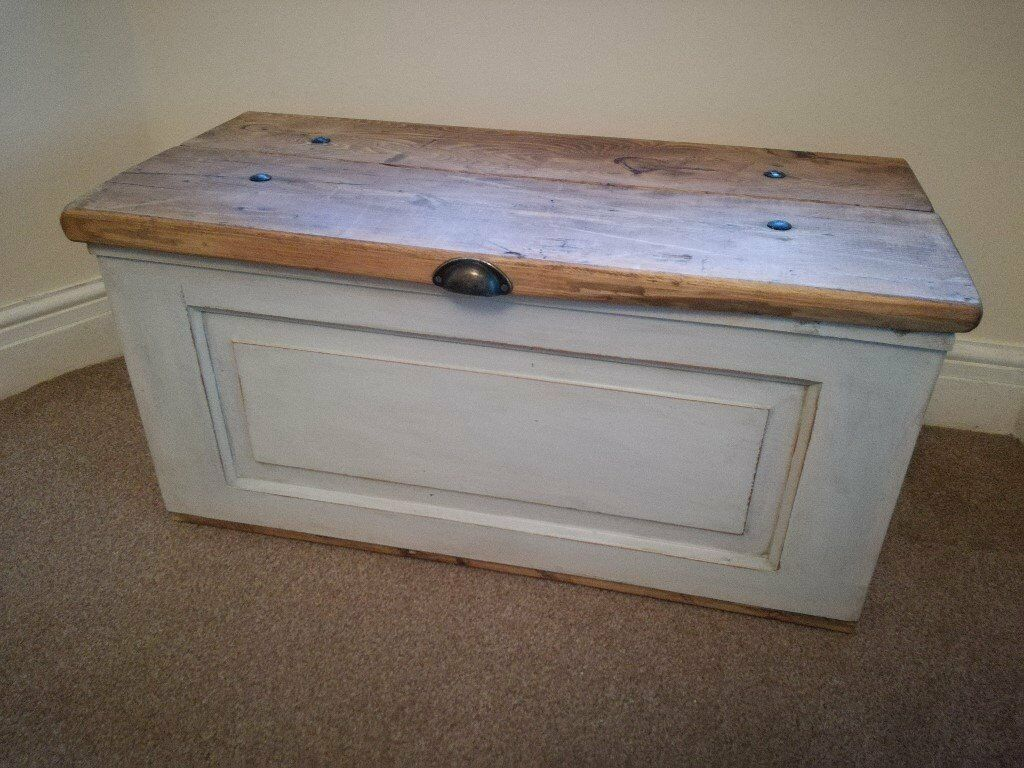 Beautiful Solid Pine Storage Blanket Toy Box Chest Trunk