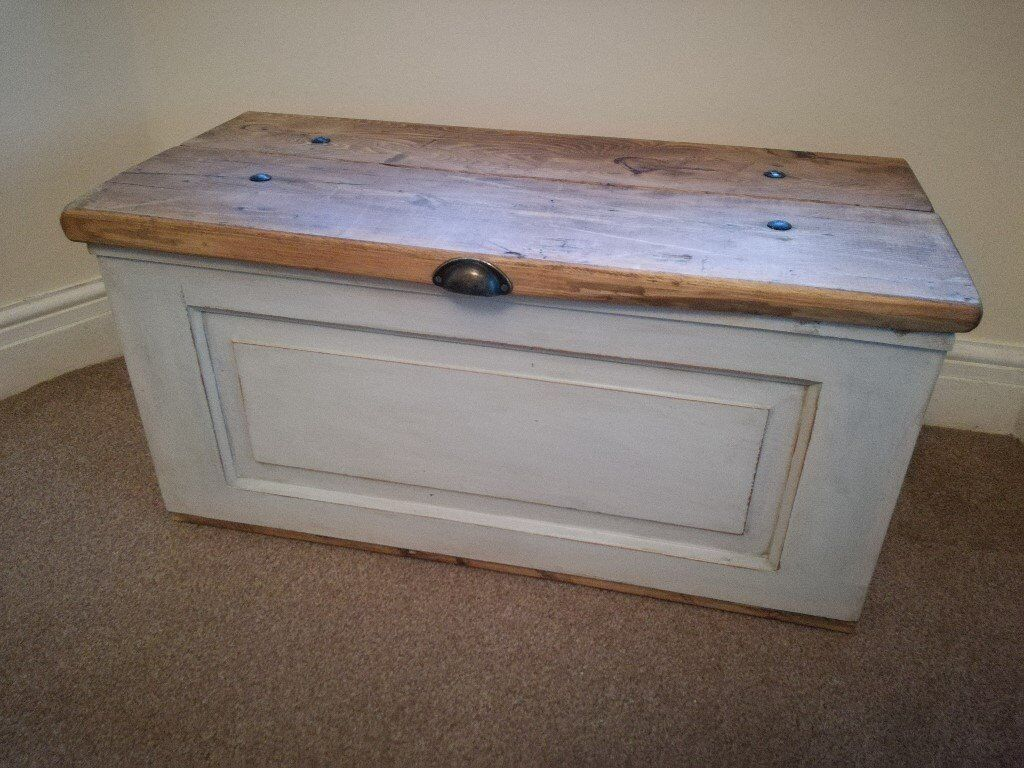 Beautiful Solid Pine Storage Blanket Toy Box Chest Trunk Bench Coffee Table Shabby Chic Vintage