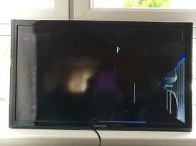 "Samsung 32"" for spares or repairs"