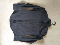 8 items: Men's jumpers, tops, shirts