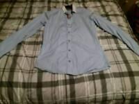 Men's long sleeve shirt size small