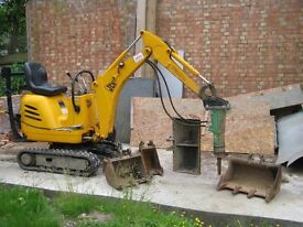 MICRO MINI DIGGER AND DUMPER WITH DRIVER FOR HIRE LONDON AND KENT AREA FROM £250 A DAY.