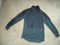 "Ladies ""Bikers"" long sleeved Gortex Windstopper Size small, Excellent condition £35"