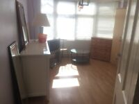 2 lovely rooms available in female flat share £80 -£90 per week NO BILLS