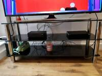 Tv unit black and silver, very good condition