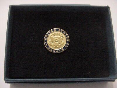 United states senate Lapel Pin -  New