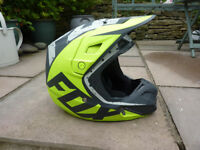 FOX V2 NIRV HELMET (Medium). Matte Grey / Yellow