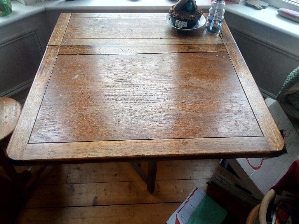 lovely table for sale immediately