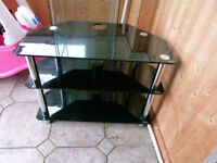 BLACK TV STAND IT IS TEMPERD GLASS