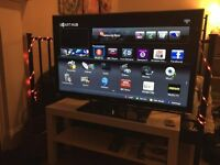 "Beautiful 40"" Full HD Samsung Smart TV"
