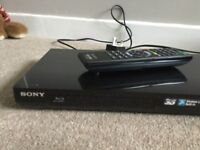 Sony Blu-ray 3D Disc/dvd player BDP - S790