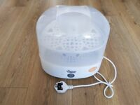 Tommee Tippee closer to nature electric steam steriliser - white + 1 new feeding bottle