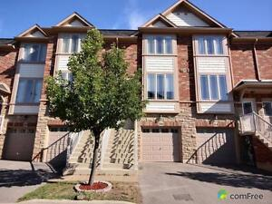 $359,900 - Townhouse for sale in Grimsby