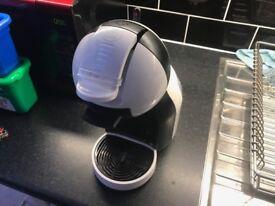 Nescafe Dolce Gusto Coffe machine (WHITE)