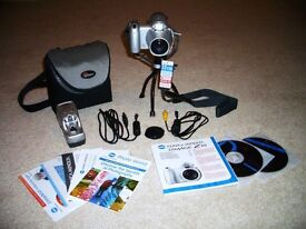 Konica Minolta DiMAGE Z10 Digital Camera