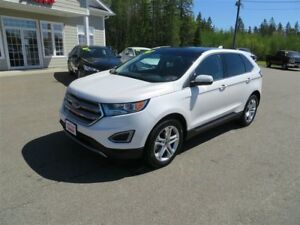 2017 Ford Edge Titanium AWD NAVIGATION!