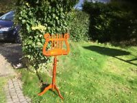Solid wooden music stand
