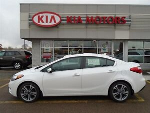 2016 Kia Forte EX with SUNROOF, ONLY $68* WEEKLY (ON THE ROAD)