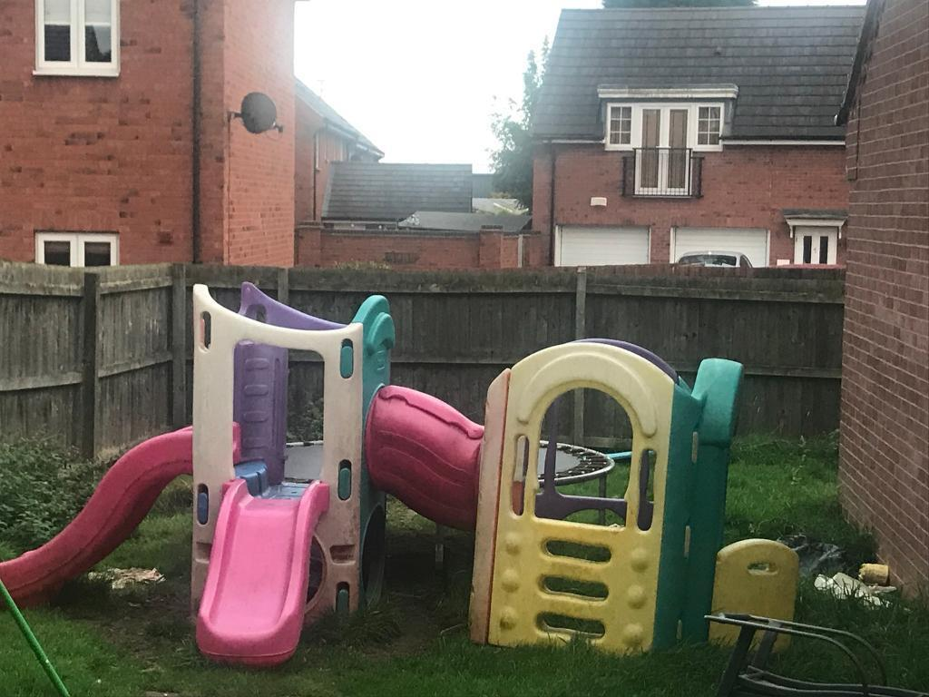 Little tikes 8 in 1 climbing frame and slide
