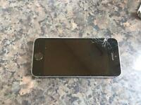 Apple iPhone 5S 32 GB BROKEN SCREEN