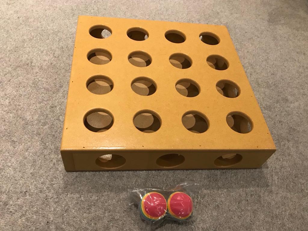 Smart Cat Peek-a-Prize toy box