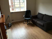Stunning 1 bed flat just off Brick Lane ideal for couples/singles. Book viewing now!