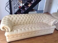 CREAM LEATHER CHESTERFIELD SOFA AND 2 ARMCHAIRS IN VERY GOOD CONDITION